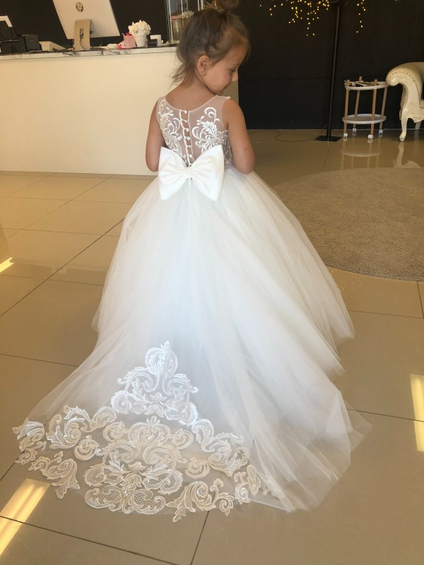 Long Lace & Tulle Chapel Train Champagne Ball Gown Flower Girl Dress Hobart