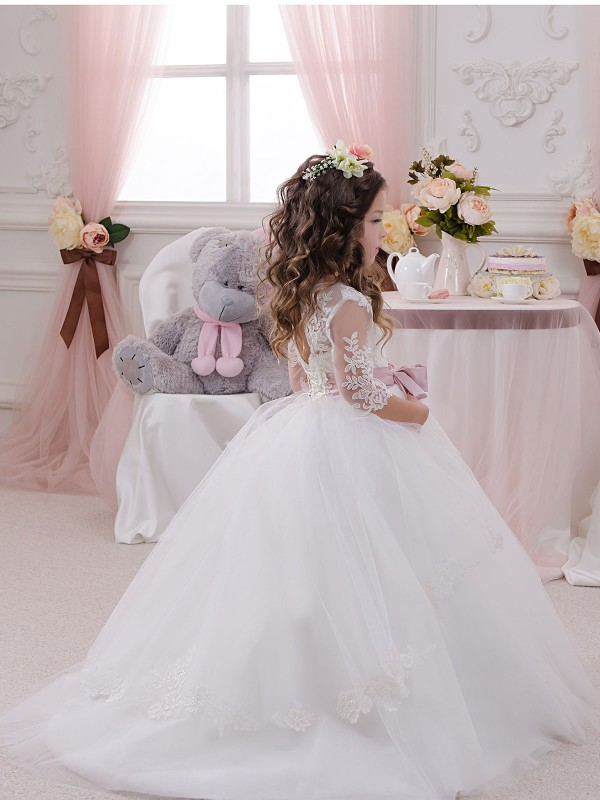 Long Lace & Tulle Chapel Train Ivory Ball Gown Flower Girl Dress Hobart